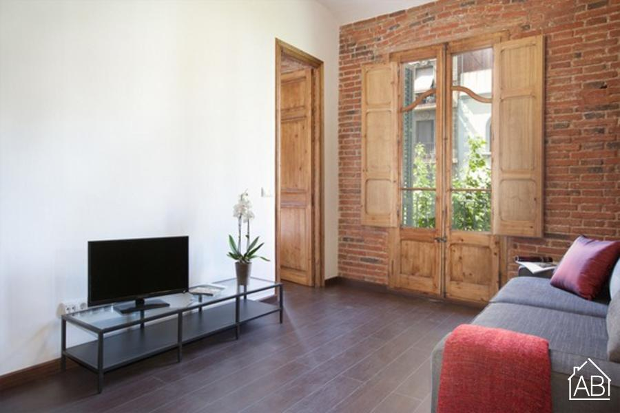 Sagrada Familia Building 4-1 - Stylish apartment for six people in Eixample, Barcelona - AB Apartment Barcelona