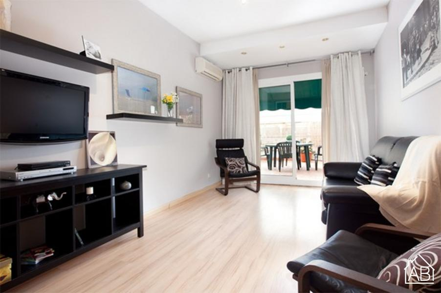 AB Encants Clot Apartment - Beautiful two bedroom apartment with a balcony in Sant Martí - AB Apartment Barcelona