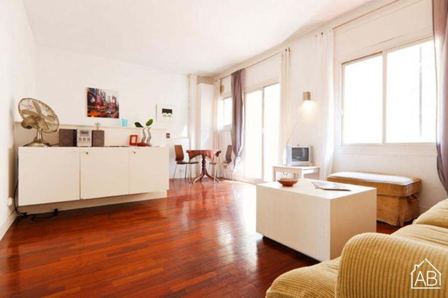 AB Barceloneta Beach Soria III - 1 bedroom apartment right beside Barceloneta beach - AB Apartment Barcelona
