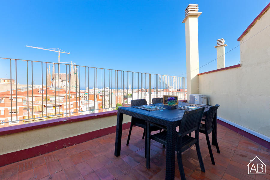 AB Sagrada Família Comfort - Cosy Apartment with a Private Terrace and Views of the Sagrada Família - AB Apartment Barcelona