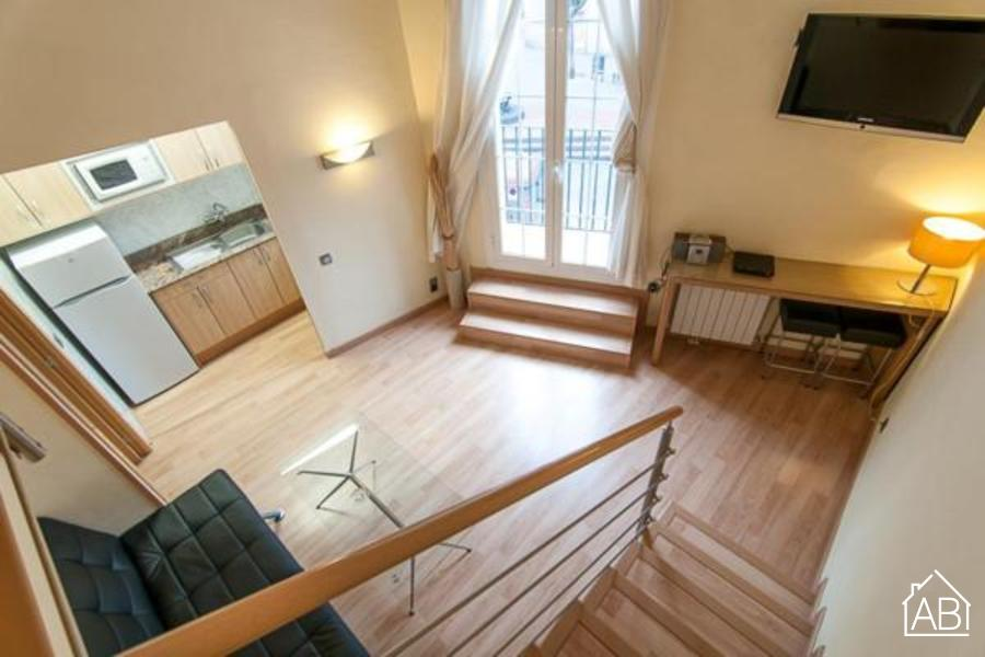 AB Gracia 11 Apartment - Lovely loft-style Apartment with a Balcony in Gràcia - AB Apartment Barcelona