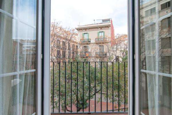 AB Gracia Studio 3 Apartment - Pleasant Studio Apartment with a Balcony in Gràcia - AB Apartment Barcelona