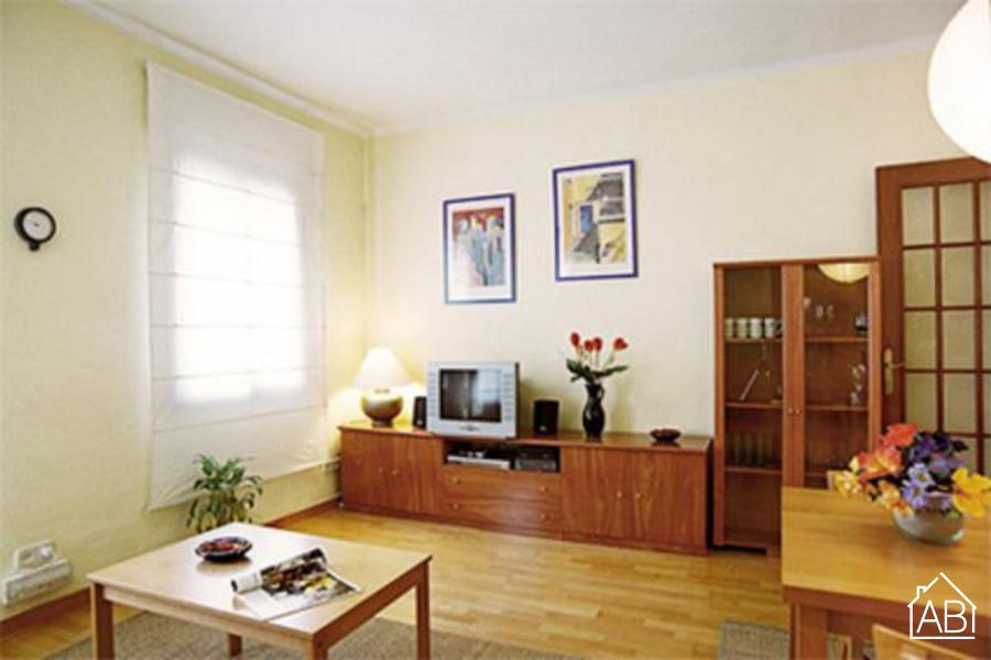 AB Sagrada Familia United - Traditional 2-bedroom Apartment steps from the Sagrada Família - AB Apartment Barcelona