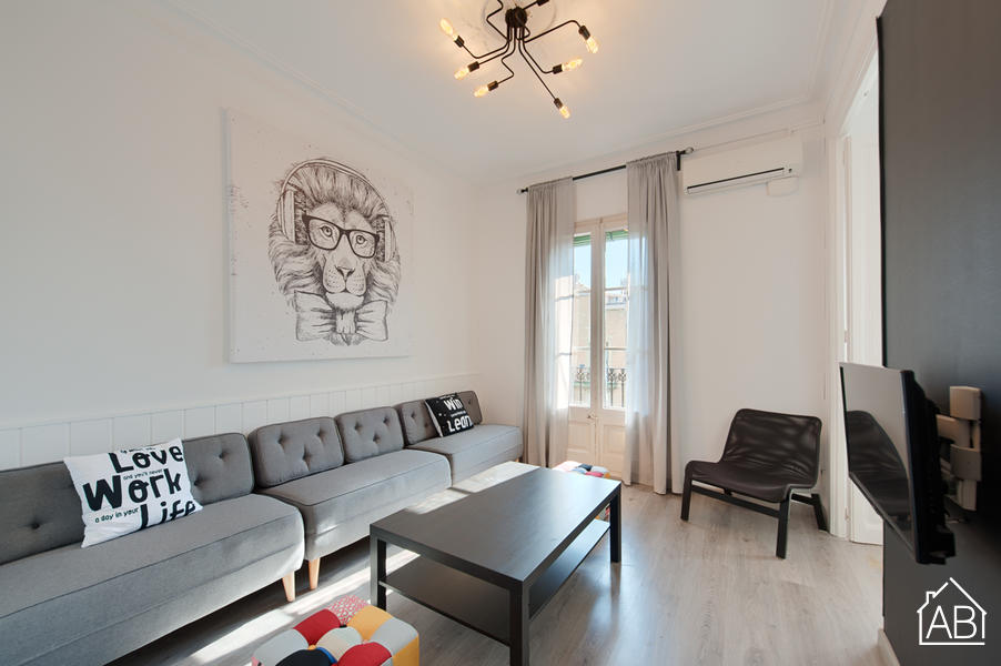 AB Rocafort 4-2 - Stylish Four-Bedroom Apartment with Balcony in Eixample - AB Apartment Barcelona