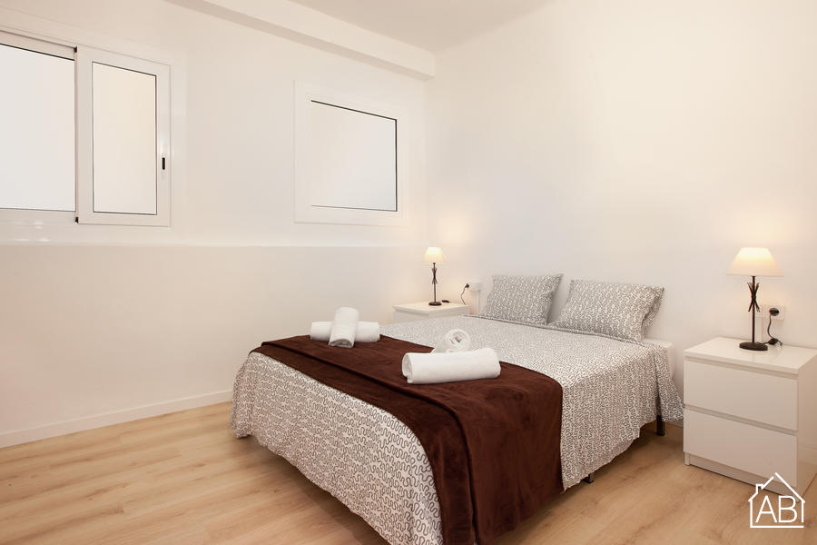 AB Saint Joseph Apartment - Modern and Spacious 2-Bedroom Apartment in Eixample near Avinguda Diagonal - AB Apartment Barcelona