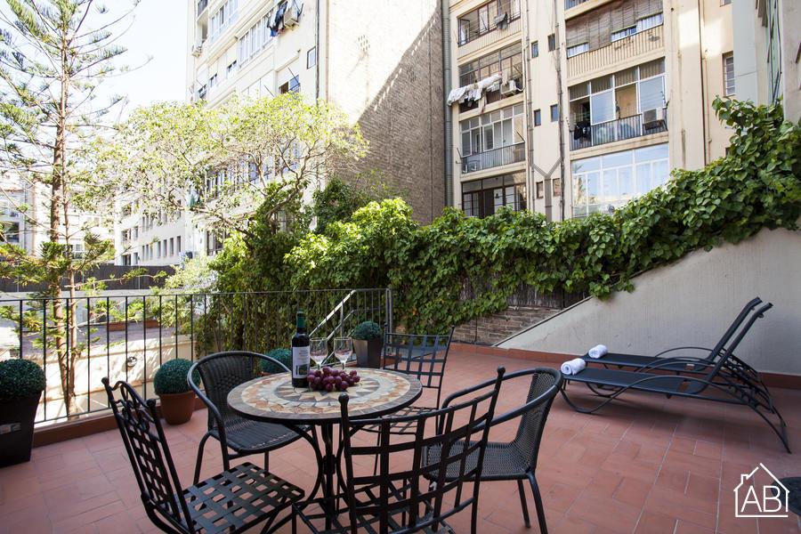 AB Passeig de Gràcia Corsega - Gemütliches Apartment mit 75m2 privater Terrasse nahe des Passeig de Gràcia - AB Apartment Barcelona