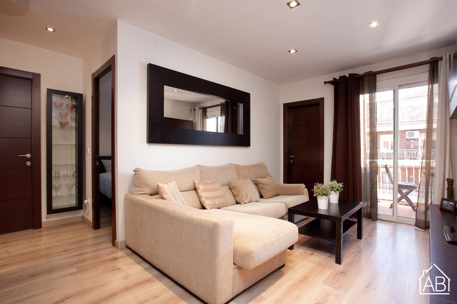 AB Montserrat Comfort Apartment - Comfortable 2-Bedroom Apartment with a Balcony in a Quiet Neighbourhood - AB Apartment Barcelona