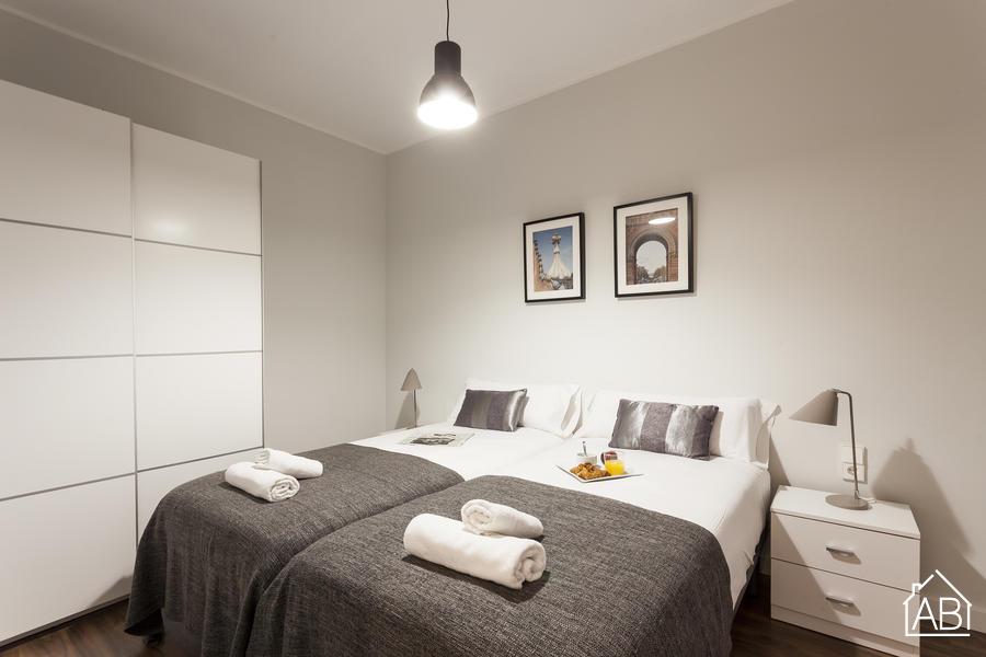 AB Plaça Espanya P-4 - Fabulous 3-Bedroom Eixample Apartment near Plaça d´Espanya - AB Apartment Barcelona