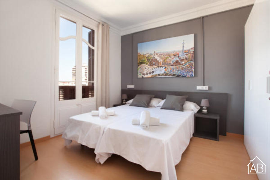 AB Marina Apartment 1-1 - Modern 3-Bedroom Apartment with a Communal Terrace near the Sagrada Família - AB Apartment Barcelona