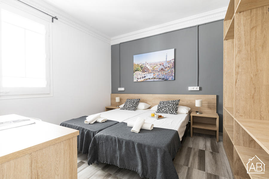 Marina Apartment - Three-Bedroom Apartment with Communal Terrace in Eixample - AB Apartment Barcelona