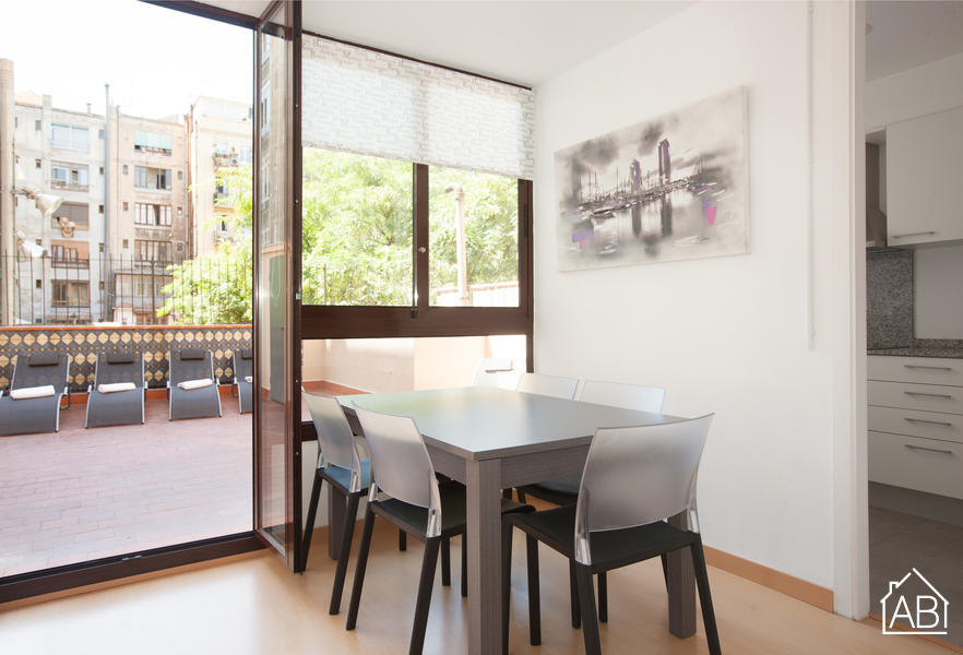 AB Marina Apartment - Luminous 4-Bedroom Apartment with a Private Terrace near the Sagrada Família - AB Apartment Barcelona