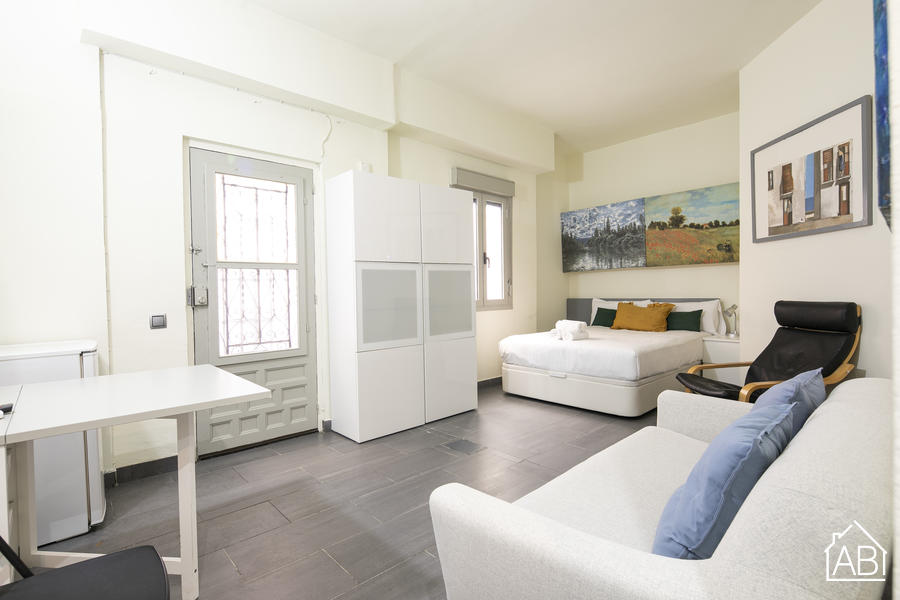 Barceloneta Beach 206 - Comfortable apartment located in the Barceloneta areaAB Apartment Barcelona -