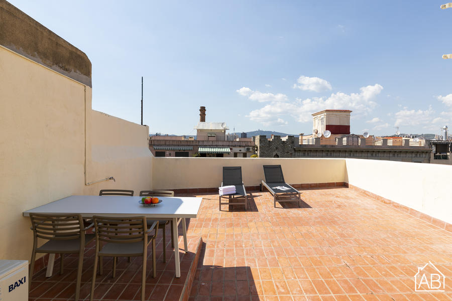 AB Attic with Private Terrace Paseo del Born 5-1 - Modern 2-Bedroom Apartment with Private Terrace in the heart of El Born - AB Apartment Barcelona