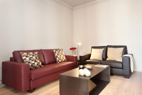 AB Casa Saltor 2-2 - Premium 3-bedroom City Centre Apartment with a Private Terrace - AB Apartment Barcelona