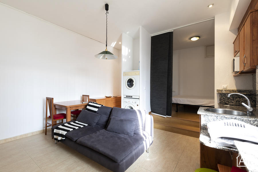 The Urquinaona Junqueres Apartment - Cozy, central studio apartment for two - AB Apartment Barcelona
