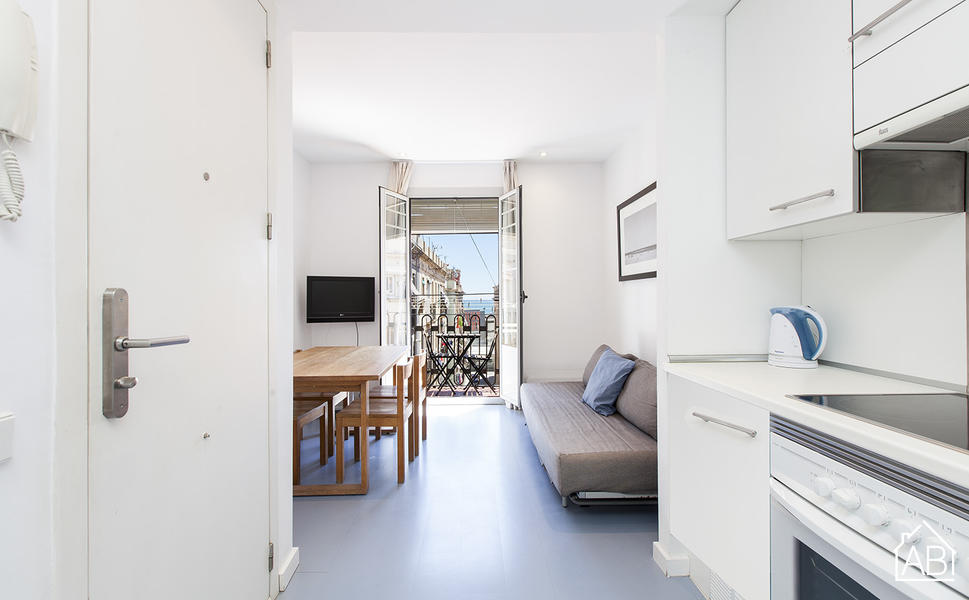 AB Andrea Doria Beach 5-2 - Luminous Barceloneta Beach Apartment with a Communal Terrace - AB Apartment Barcelona