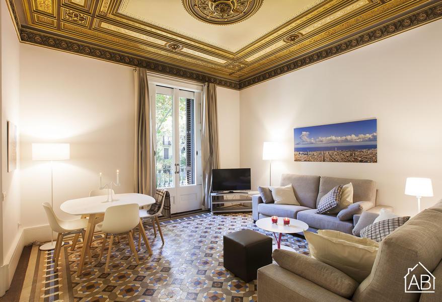AB Psg Sant Joan 1-1 - Роскошные апартаменты с 2 спальнями в центре города с балконом - AB Apartment Barcelona