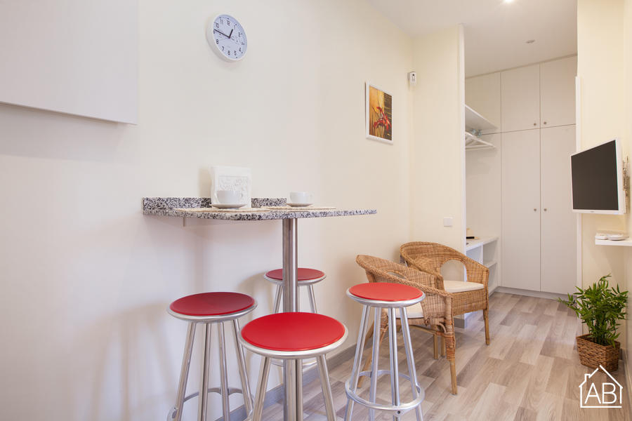 AB Barceloneta - Sant Miquel II - Two bedroom apartment in the beach area of Barceloneta - AB Apartment Barcelona