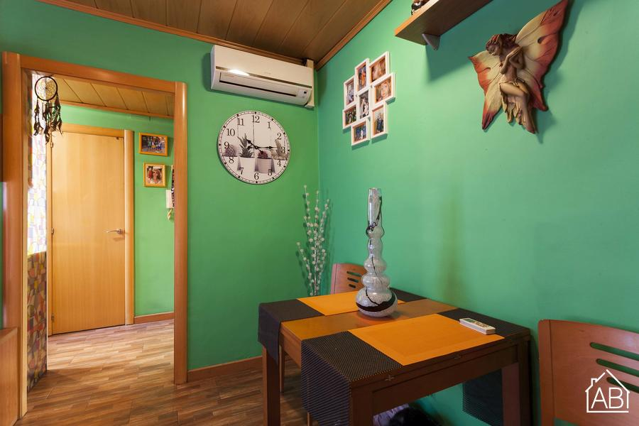 Colorful Apartment in Barceloneta - FOR SALE - Apartment for up to 4 near Barcelona beachAB Apartment Barcelona -