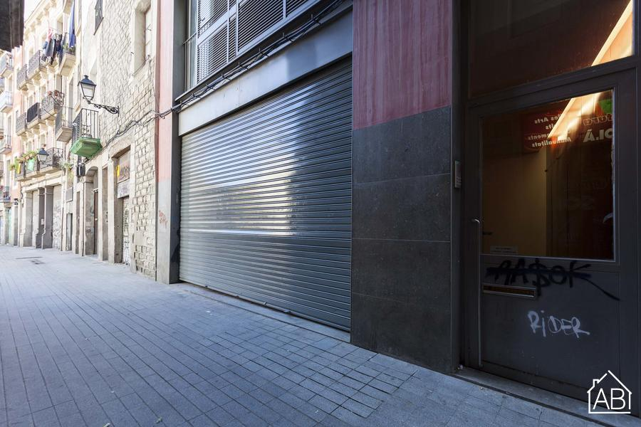 Local Comercial en Casco Antiguo - Venta - Commercial space in central Barcelona - AB Apartment Barcelona