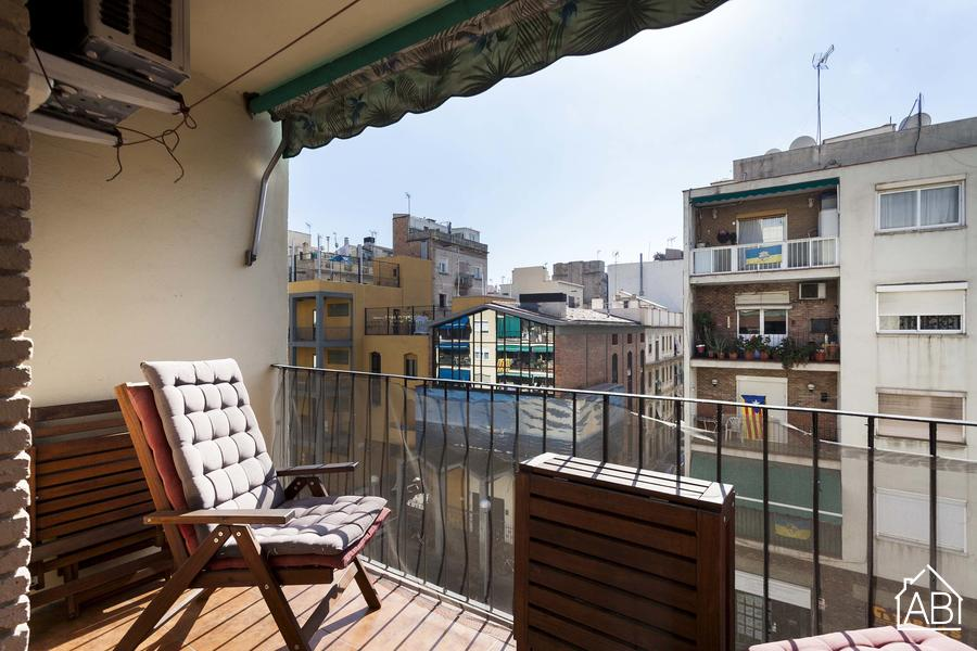 Spacious Beach Apartment - For Sale - 3 bedroom beachside apartment for sale - AB Apartment Barcelona