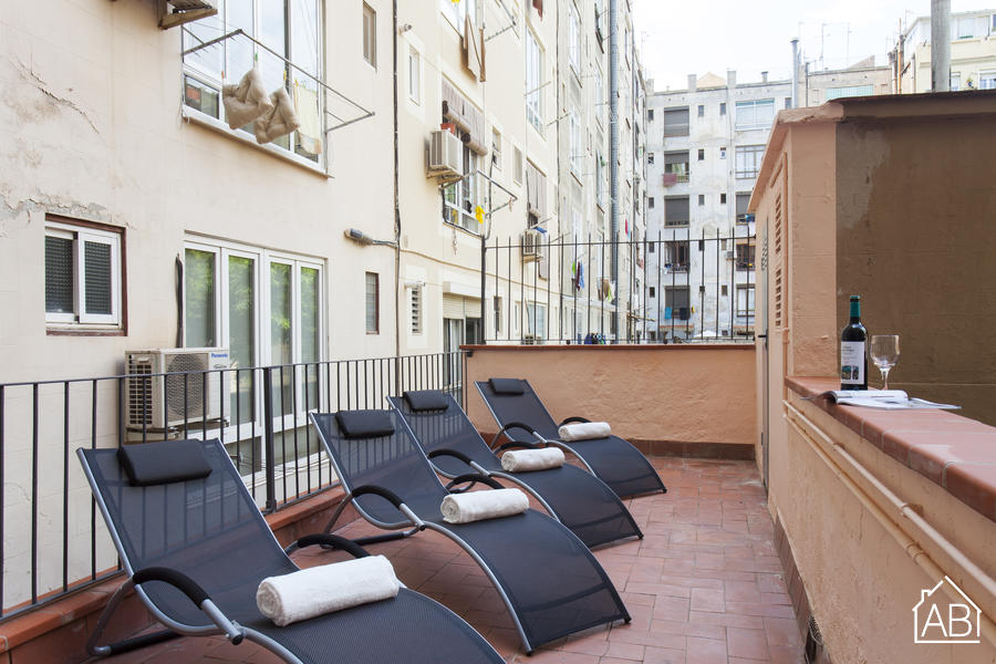 AB Marina Apartment P-2 - Beautiful 3-Bedroom Apartment with a Private Terrace near the Sagrada Família - AB Apartment Barcelona