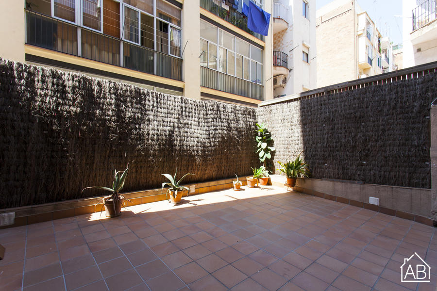 AB GRACIA SPACIOUS - Apartment for 4 with private terrace in Gràcia - AB Apartment Barcelona