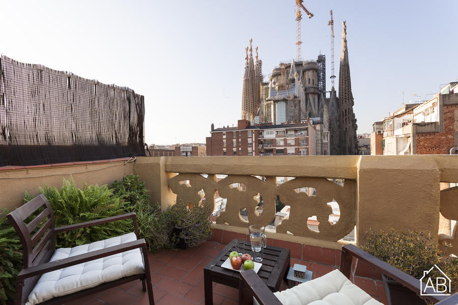 AB Sagrada Familia 5 - Lovely 1-Bedroom Apartment with a Private Terrace near the Sagrada Família  - AB Apartment Barcelona