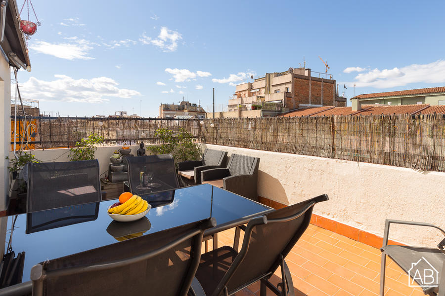 AB Glòries Penthouse - 阁楼靠近Glòries和22 区,有私人露台和Netflix - AB Apartment Barcelona