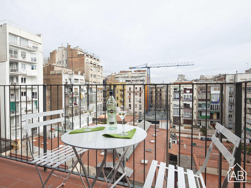 AB Girona Apartment 43 - شقة عصرية لـ4 أشخاص مع تراس بالقرب من Passeig de GràciaAB Apartment Barcelona -