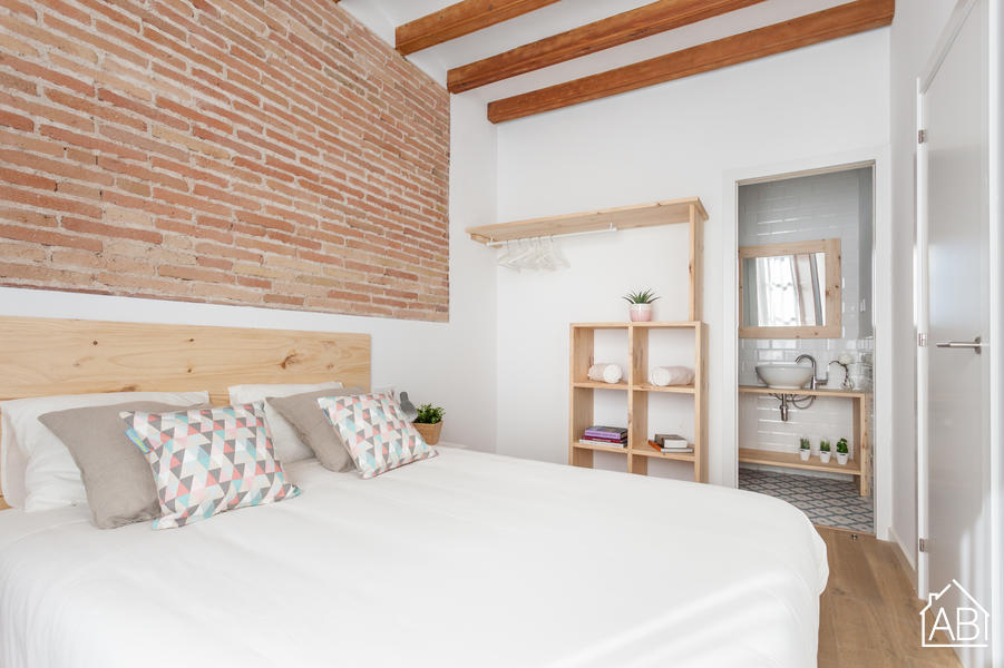 AB Premium Old Town 1-3 - Luxury Two- Bedroom Apartment in Vibrant Raval Quarter - AB Apartment Barcelona