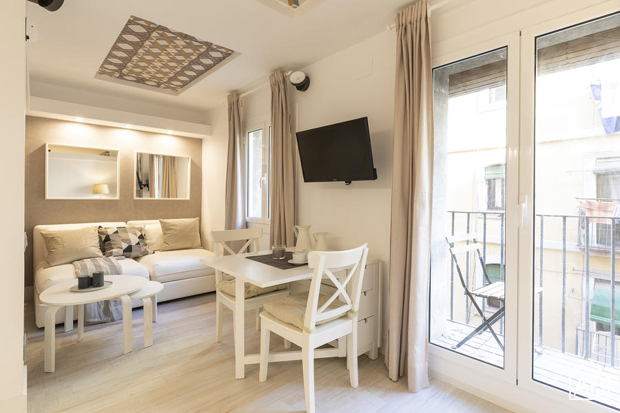 AB Barceloneta Fisherman V - Lovely One-Bedroom Apartment With Balcony Just Two Minutes from Beach - AB Apartment Barcelona