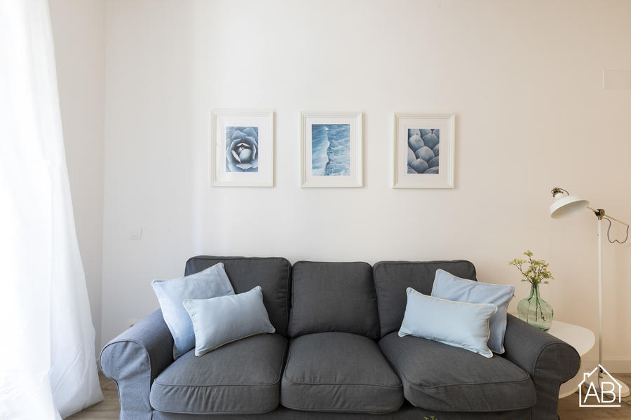 AB Joaquim Costa - Stylish Three Bedroom Apartment in El Raval Next to MACBA MuseumAB Apartment Barcelona -