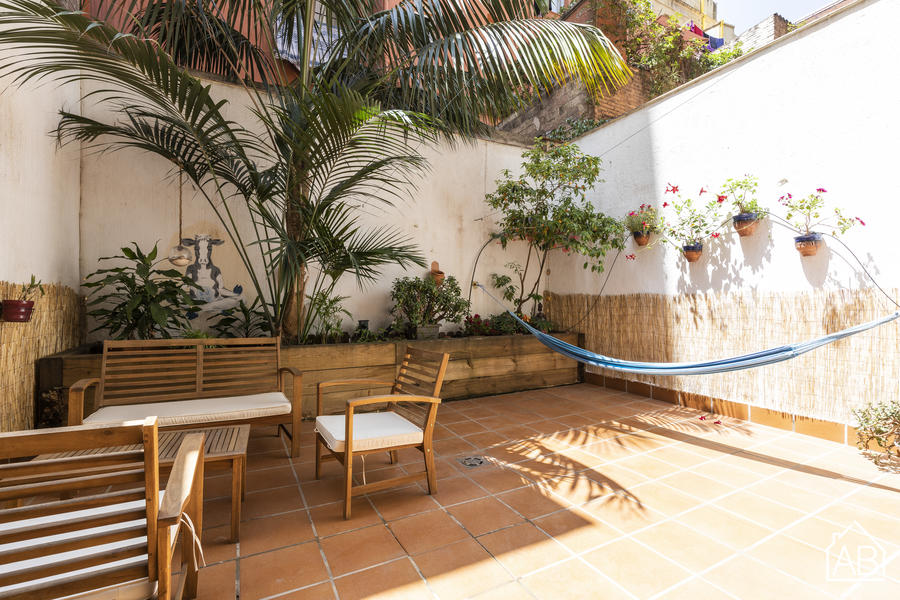 AB GRACIA TERRACE - Stunning One-Bedroom Apartment with Private Terrace in Heart of Gracia Neighbourhood - AB Apartment Barcelona
