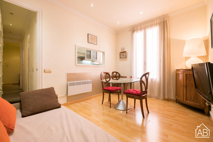 Corsega Sant Pau -  Cosy two-bedroom apartment near Sagrada Familia - AB Apartment Barcelona