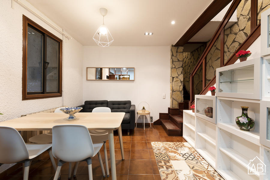 AB Barceloneta Beach House I - 4 bedroom Barceloneta beach house with private roof terrace AB Apartment Barcelona -