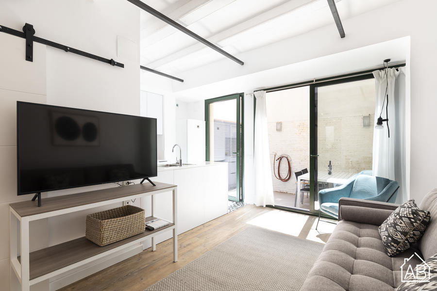 AB EIXAMPLE BATLLO - B - Modern three-bedroom apartment with private terrace in the heart of Eixample - AB Apartment Barcelona