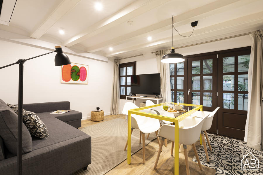AB EIXAMPLE BATLLO - 1 - Recently refurbished two-bedroom apartment in Eixample with balcony - AB Apartment Barcelona