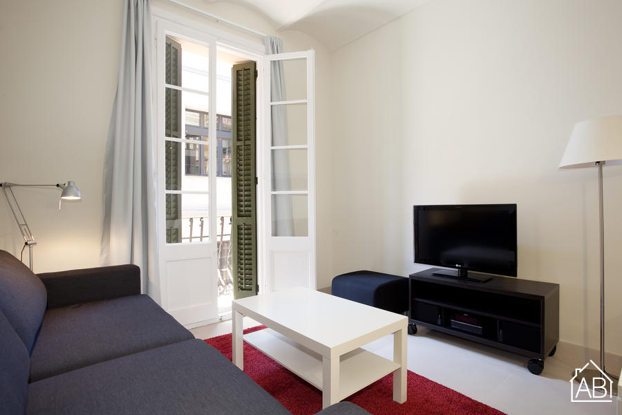 AB Venero - Stylish two-bedroom apartment with a balcony in Poble Nou - AB Apartment Barcelona