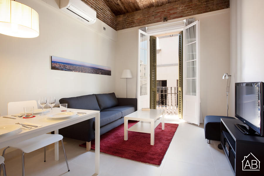 AB Venero Duplex - Amazing Duplex apartment with a balcony in Poble Nou for up to six people - AB Apartment Barcelona