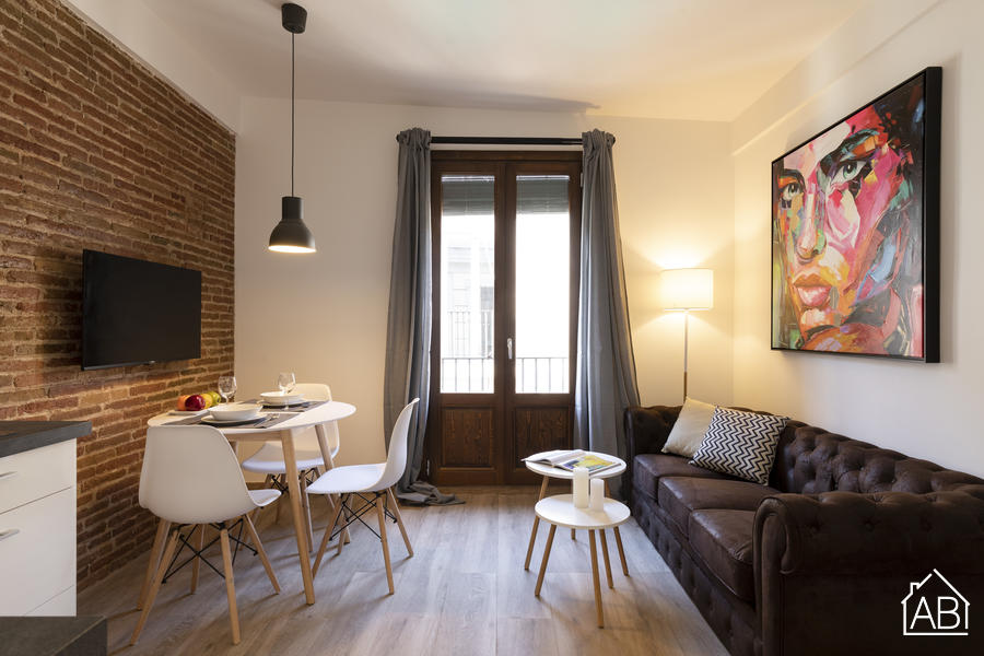 AB CENTRIC APARTMENTS VI - Bright two bedroom apartment near Las Ramblas - AB Apartment Barcelona
