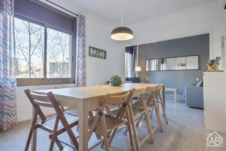 Large Apartment near Sants Station T3 - Appartamento di 4 Camere totalmente rinnovato per 14 persone vicino alla stazione di Sants   - AB Apartment Barcelona