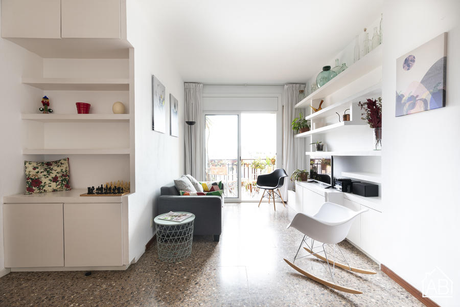 AB Gaudi - Spacious 4-bedroom apartment near the Sagrada Familia with balcony - AB Apartment Barcelona