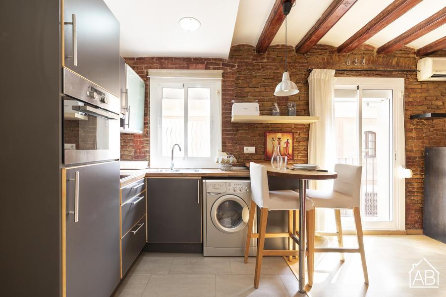 AB Beach Barceloneta - Welcoming open plan apartment  next to Barceloneta BeachAB Apartment Barcelona -