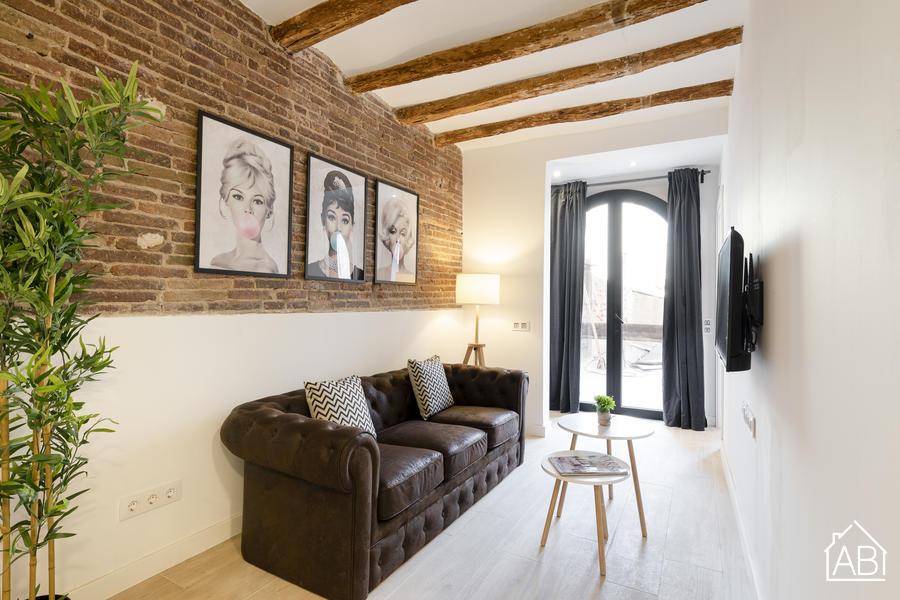 AB PobleNou - Elegant Two Bedroom Apartment in PoblenouAB Apartment Barcelona -