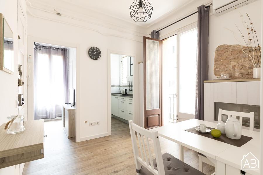 AB Vicaria Barceloneta - Newly renovated One-Bedroom Barceloneta Apartment with Balcony - AB Apartment Barcelona