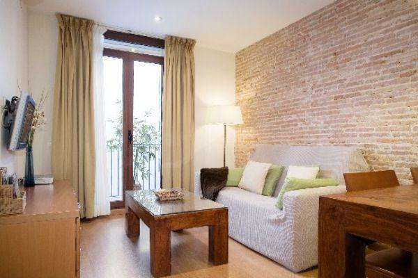 Ramblas Liceu 302 - Fantastic apartment for 6, just off Las Ramblas - AB Apartment Barcelona