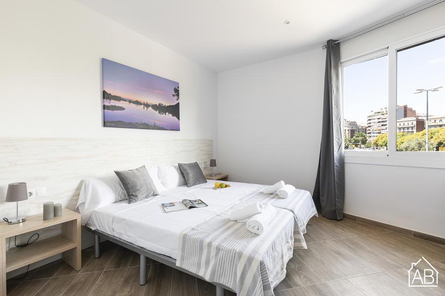 AB Monumental 2-2 - Spacious Three-Bedroom Apartment in EixampleAB Apartment Barcelona -