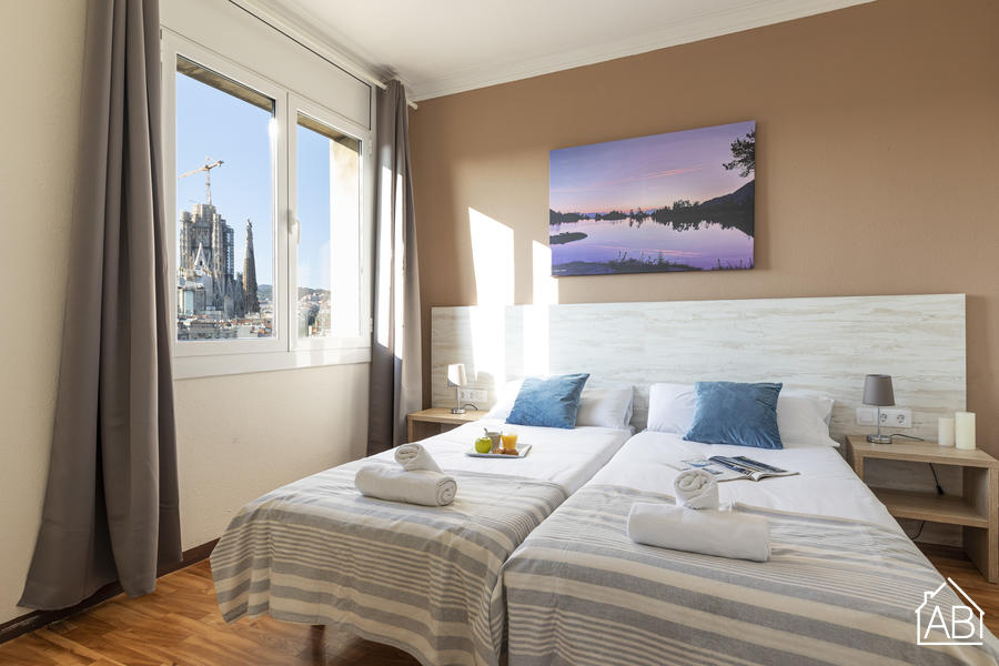 AB Monumental 8-3 - Three- bedroom Apartment with Private Terrace in Eixample  - AB Apartment Barcelona