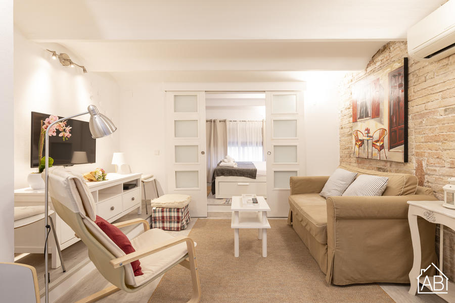 AB Montjuic - Cosy One-Bedroom Apartment in Listed Modernist Building - AB Apartment Barcelona